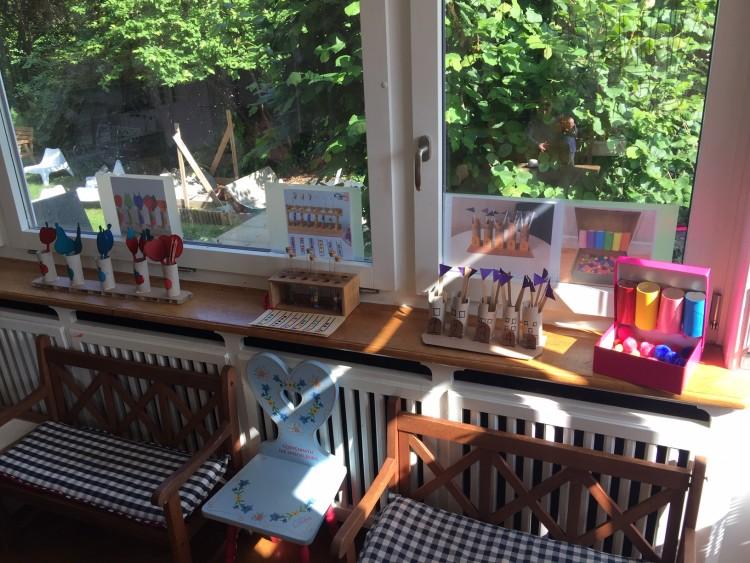 unsere neue Fensterwand Maria Montessori oder auch genannt Playdayhacks, mal sehen wie es bei den Kindern ankommet