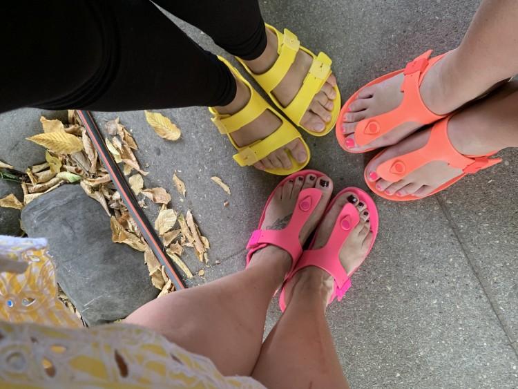 ja, neon ist unsere Sommerfarbe :)